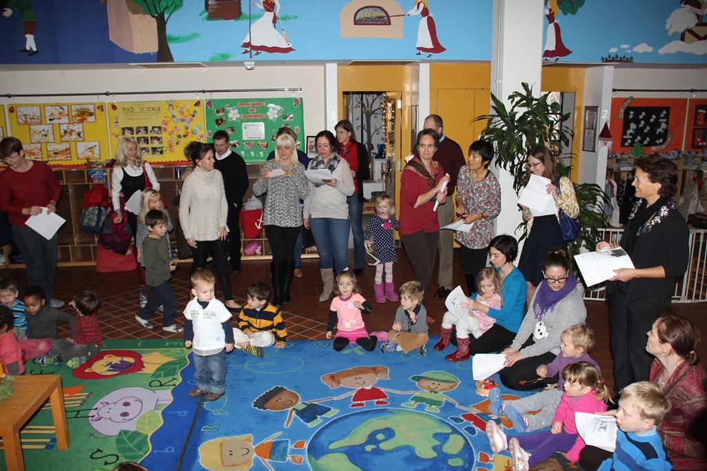 Weihnachtsbasteln im kindergarten german international for Kindergarten weihnachtsbasteln